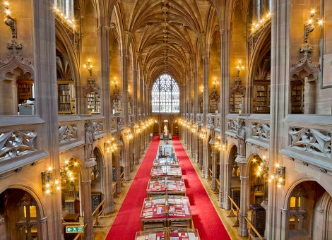 994px-The_John_Rylands_Library_Interior(1)